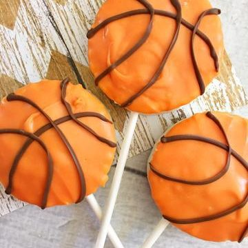 Basketball Treats on a Stick